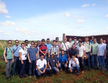 Engenheiros agrônomos do Espírito Santo participam de visita técnica ao Fundecitrus