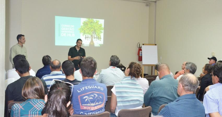Ciclo de cursos de HLB capacita 470 profissionais da citricultura