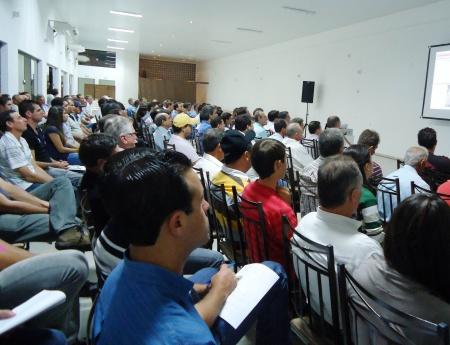 Palestra sobre carbendazim reúne 130 pessoas em Itápolis