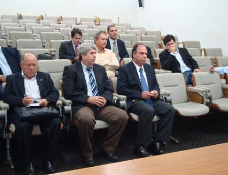 Ministro da Integração Nacional visita Fundecitrus e conhece os trabalhos da entidade