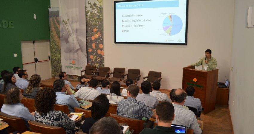 Simpósio MasterCitrus reúne 120 pessoas no Fundecitrus